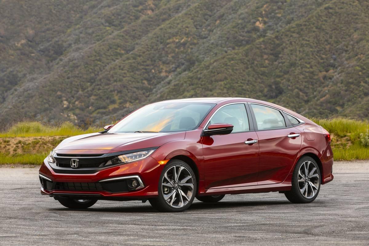 2019 Honda Civic Sedan Touring 033-1200x800