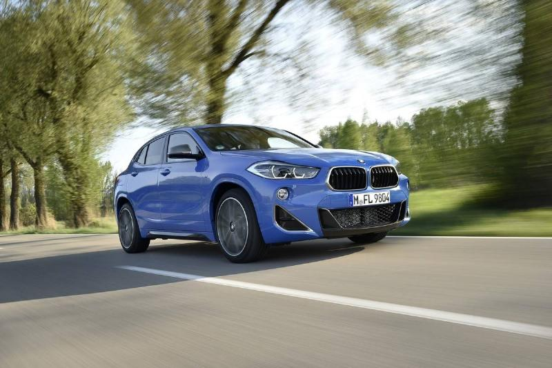 P90349377_lowRes_the-new-bmw-x2-m35i-