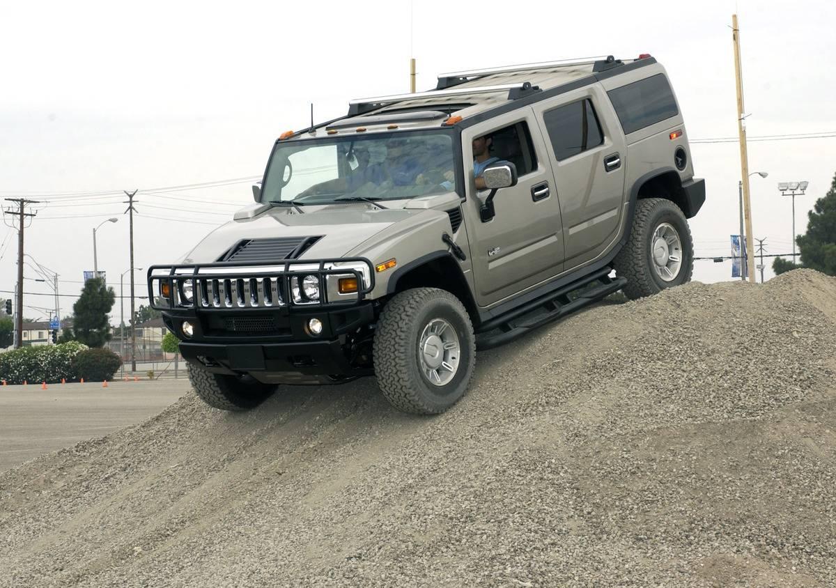 General Motors' Media Challenge At Auto Show In Motion With Eduardo Verastegui