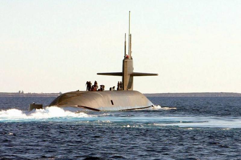 In 2003, an Ohio-class submarine sails off the coast of Florida.