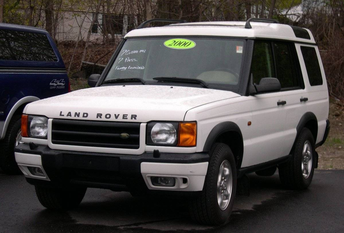 2000_Land_Rover_Discovery_white