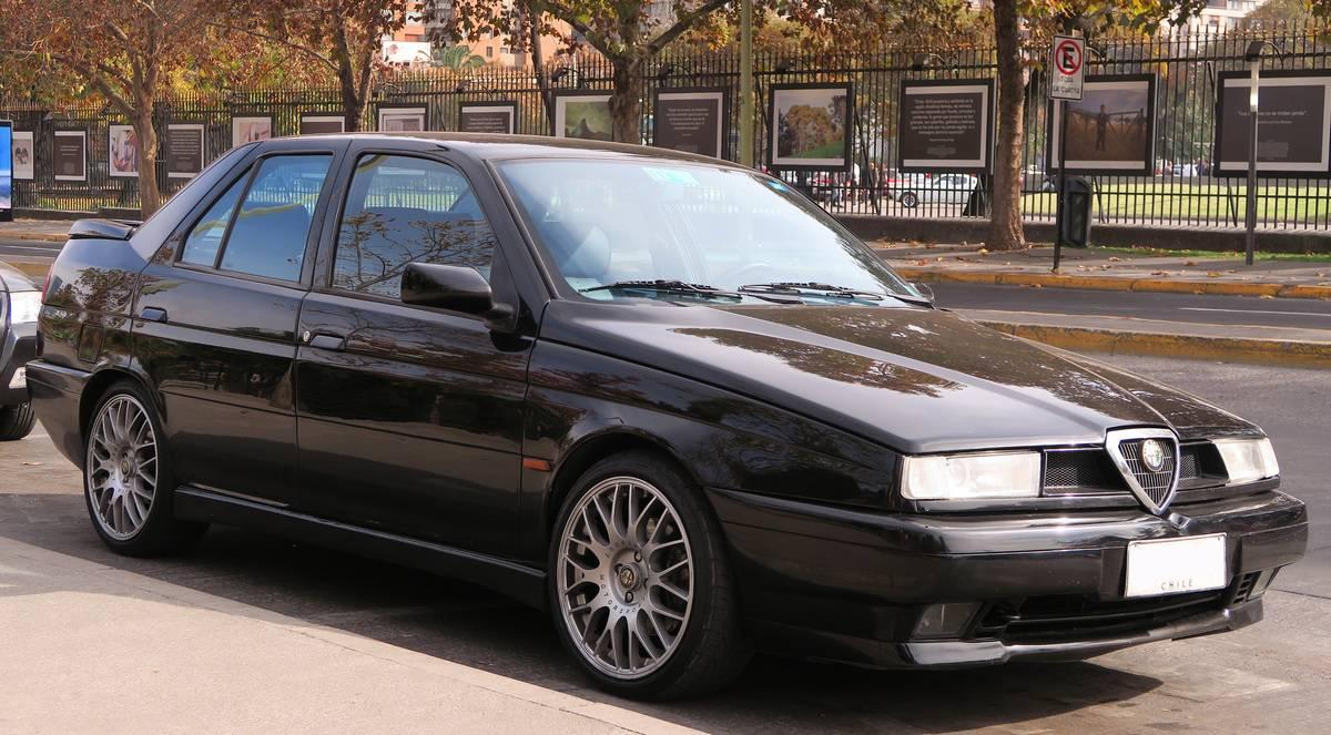 Alfa_Romeo_155_Q4_1995_(28544647617)