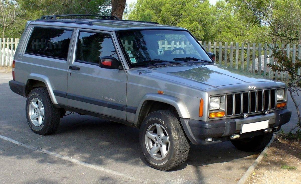 Jeep_Cherokee_Sport_4x4