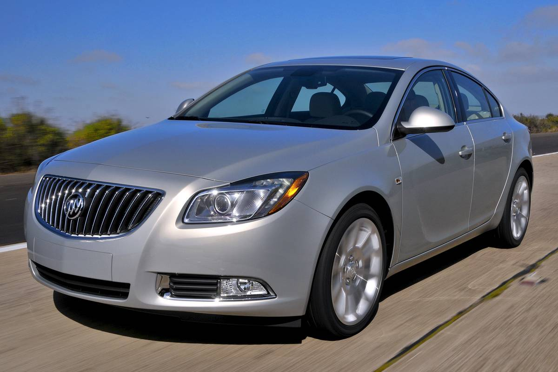 General Motors Co. 2011 Buick Regal Test Drive
