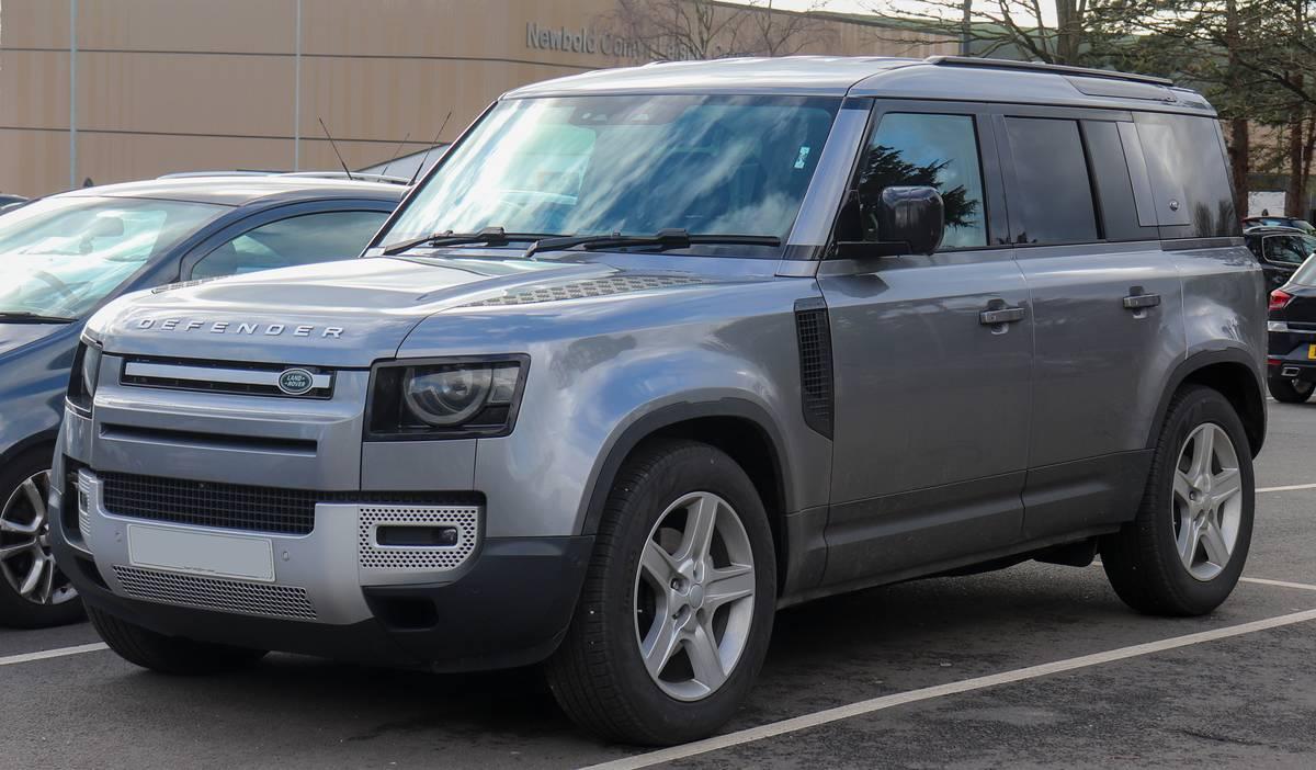 2020_Land_Rover_Defender_SE_D240_Automatic_2.0_Front